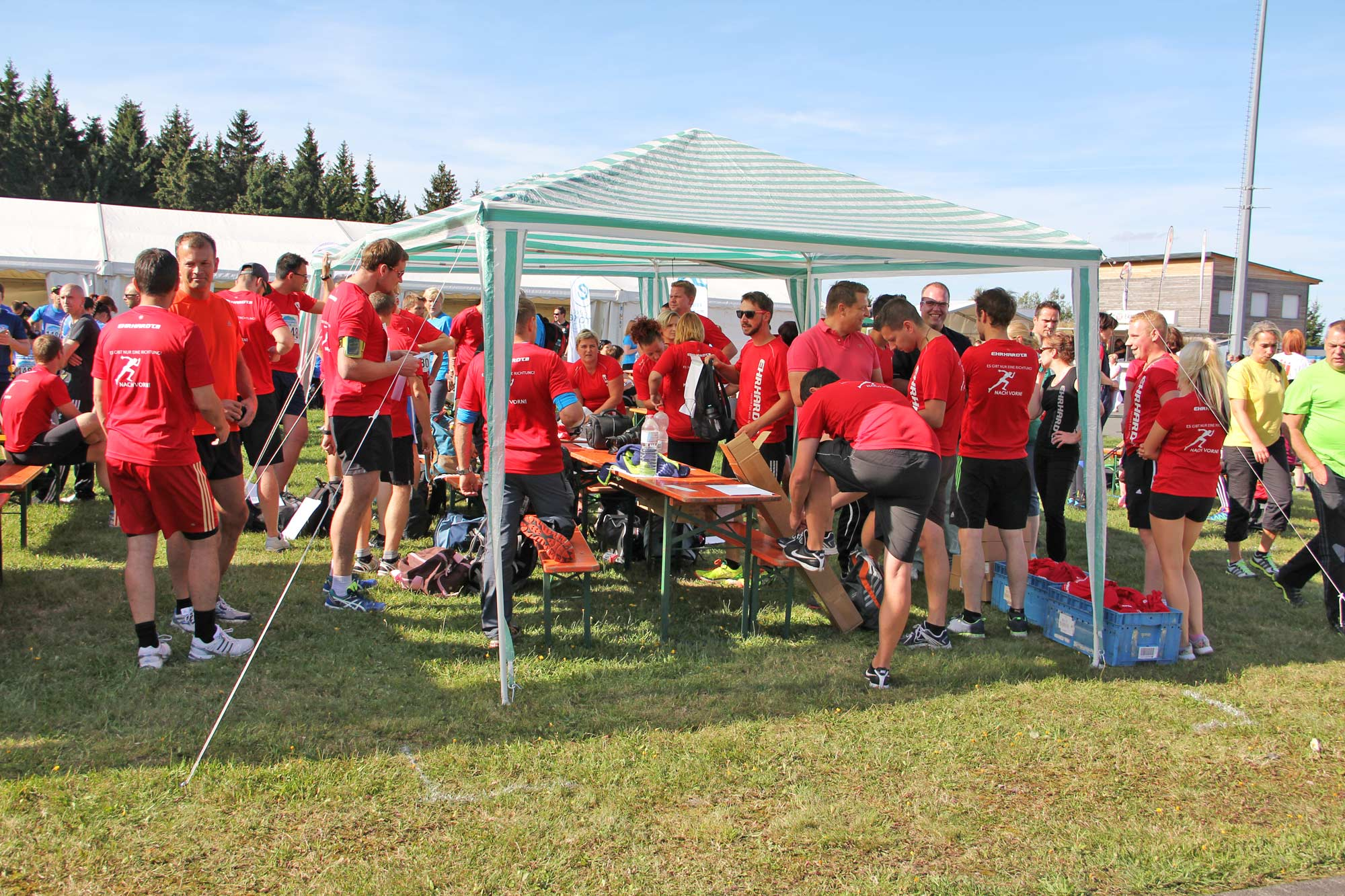 thueringer-wald-firmenlauf-teamstand_IMG_8303
